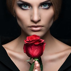 Portrait : Rose by Julia S.