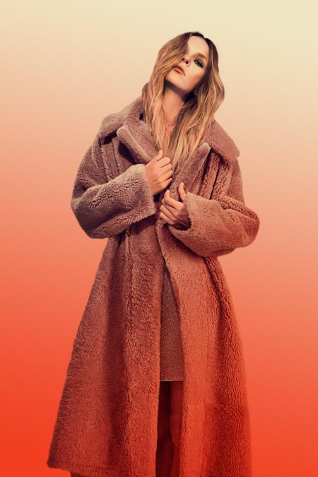Gigi Shearling Coat Terracota - Campaign 1